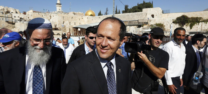 Ισραήλ: Υπουργός Αμύνης και δήμαρχος συμβουλεύουν τους πολίτες να οπλοφορούν
