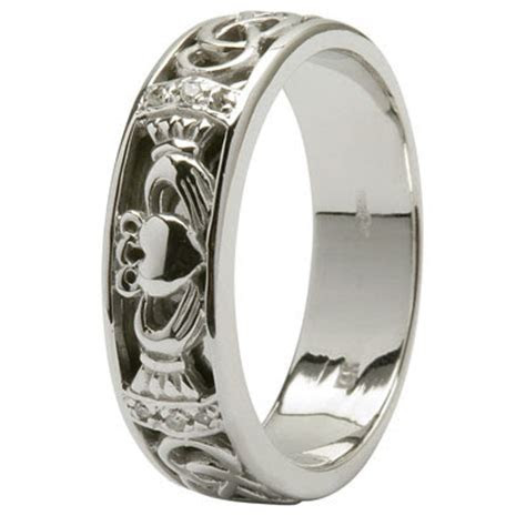 The claddagh wedding rings   Miracle Wedding Rings