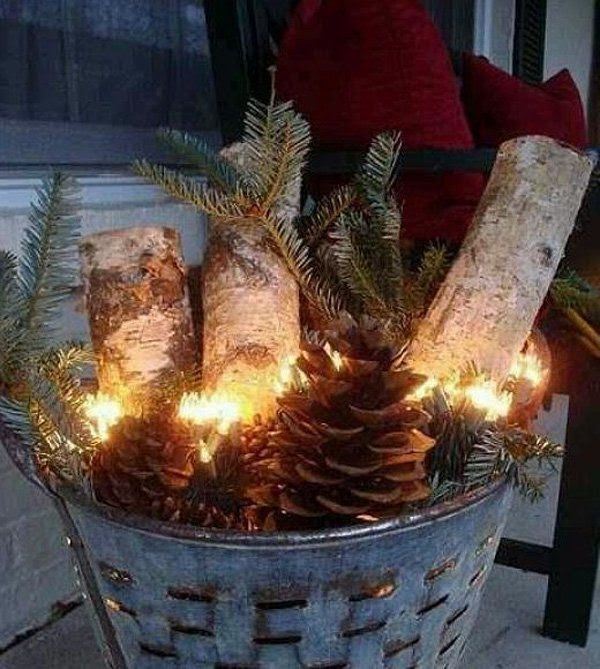 56 Amazing front porch Christmas decorating ideas. Seriously good ideas.