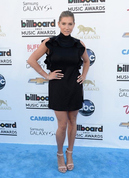 2013 Billboard Music Awards photo kesha051913-201.jpg