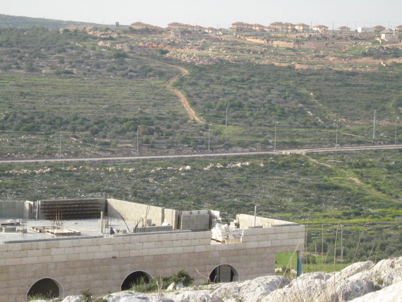 Kafr al-Dik-كفر الديك: شرق كفرالديك - مستوطنة برقين