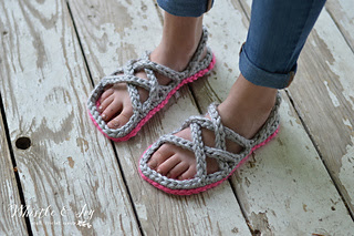 Crochetwomensgladiatorsandals4wm_small2