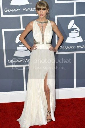Grammys 2013 Red Carpet Fashion Styles photo Grammys-2013-taylor-swift_zps7605264d.jpg