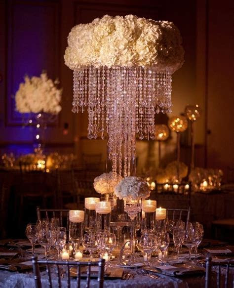 Wedding Reception: Glamorous Centerpieces with Sparkly