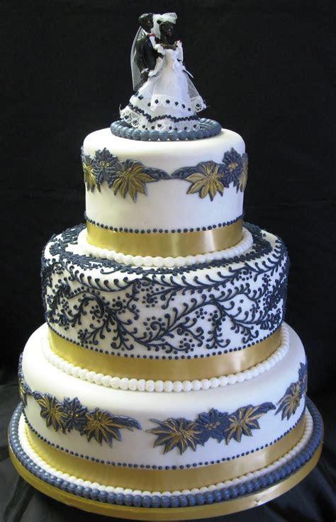 Sugarcraft by Soni: Floral Three Tier Wedding Cake & Park