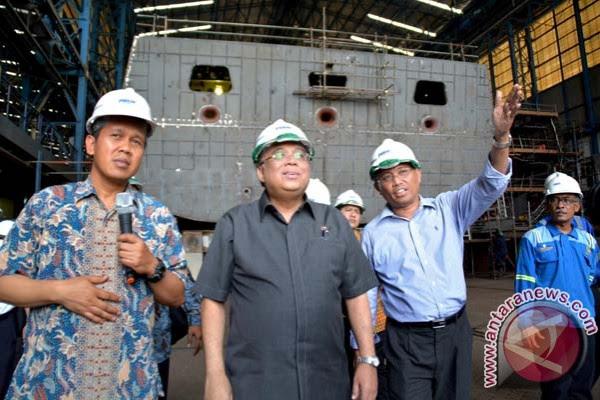 http://defence.pk/attachments/20141114antarafoto-kunjungan-menko-maritim-di-pt-pal-141114-ei-jpg.152000/