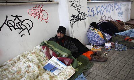 Il reddito delle famiglie greche si è ridotto dell'86% a causa della crisi. Studio IMK