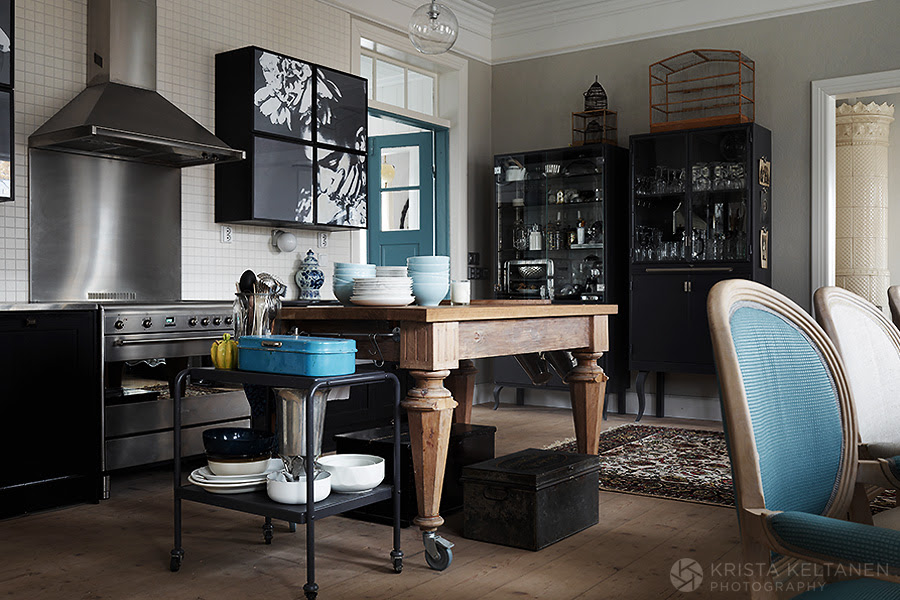 decordemon an eclectic finnish house by krista keltanen photography. Black Bedroom Furniture Sets. Home Design Ideas