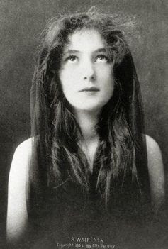 "Evelyn Nesbit as ""A Waif,"" 1902."