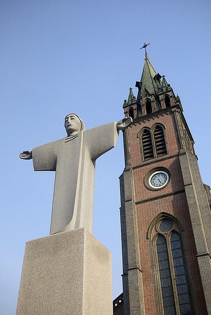 Wanderlust Wednesdays: Myeongdong Cathedral (Seoul, Korea)