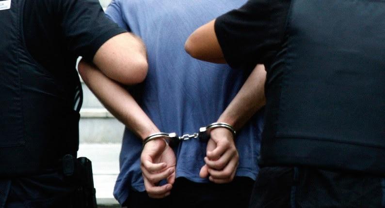 Τραγανό: Σύλληψη 28χρονου για κατοχή ηρωίνης, χασίς και χαπιών