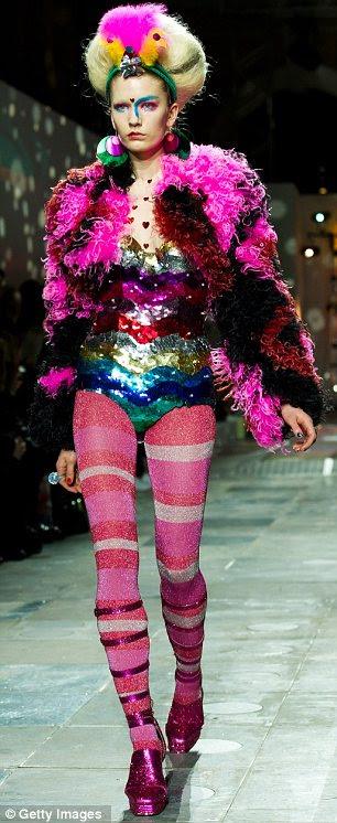 Delirantemente divertido: O Meadham Kirchoff London Fashion Week mostra no Mercado de Old Billingsgate