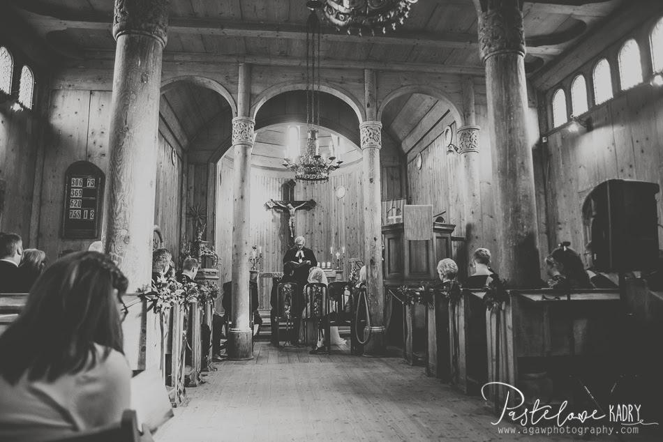 ślub w kościele Wang