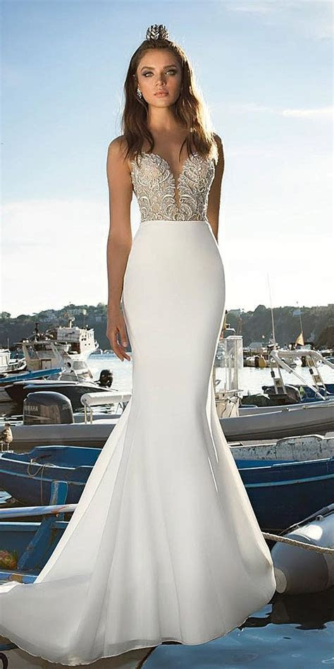 1000  ideas about Designer Wedding Dresses on Pinterest