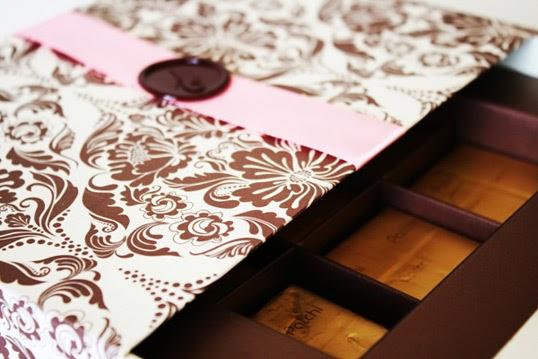 Gift Box Wedding Invitations: Mikayla's Blog: Chocolate Gift Box Wedding Invitation