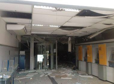 Quadrilha invade duas agências bancárias em Correntina na madrugada desta segunda