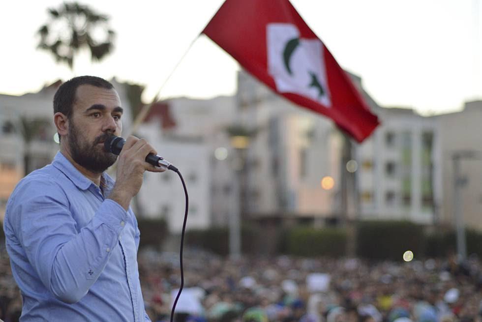 Naser Zafzaf, al final de una marcha multitudinaria celebrada a finales de mayo en Alhucemas.