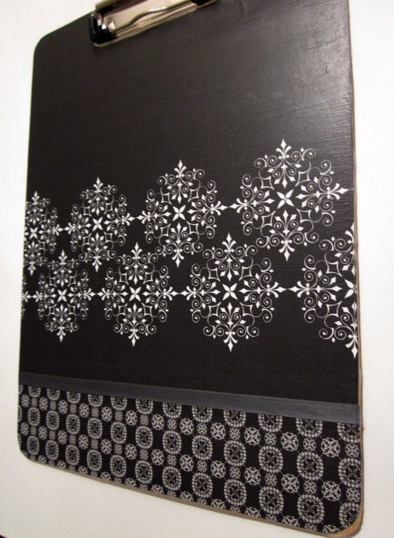 Black & white border clipboard