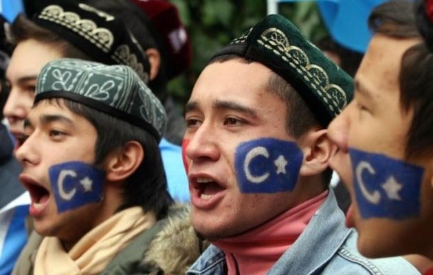 Ουιγούροι (Τούρκοι) της Κίνας με το Ισλαμικό Κράτος