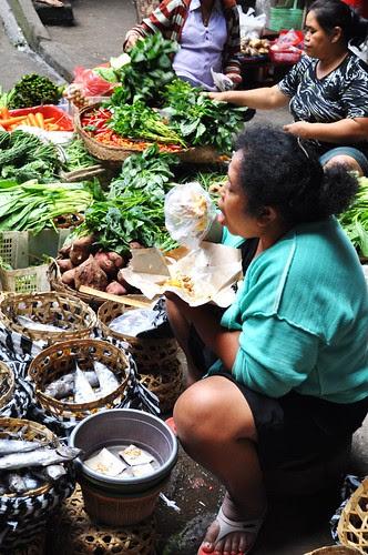 ubud market scene 7