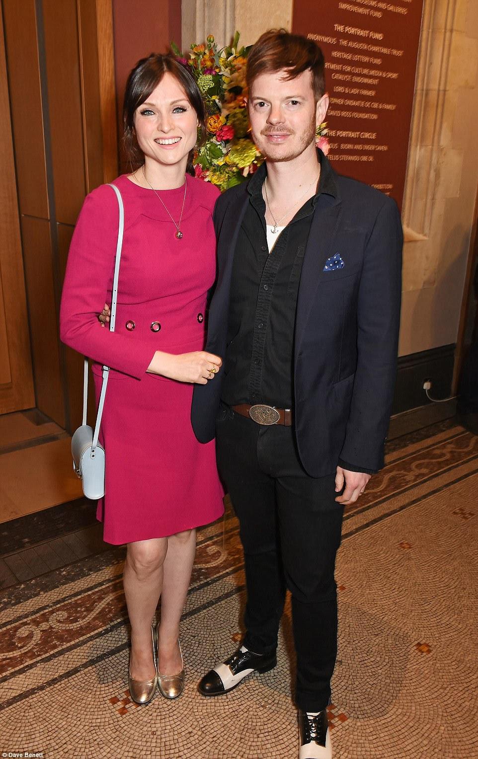 Data noite: Também participou do evento foi cantora Sophie Ellis-Bextor, 37, e seu marido músico Richard Jones