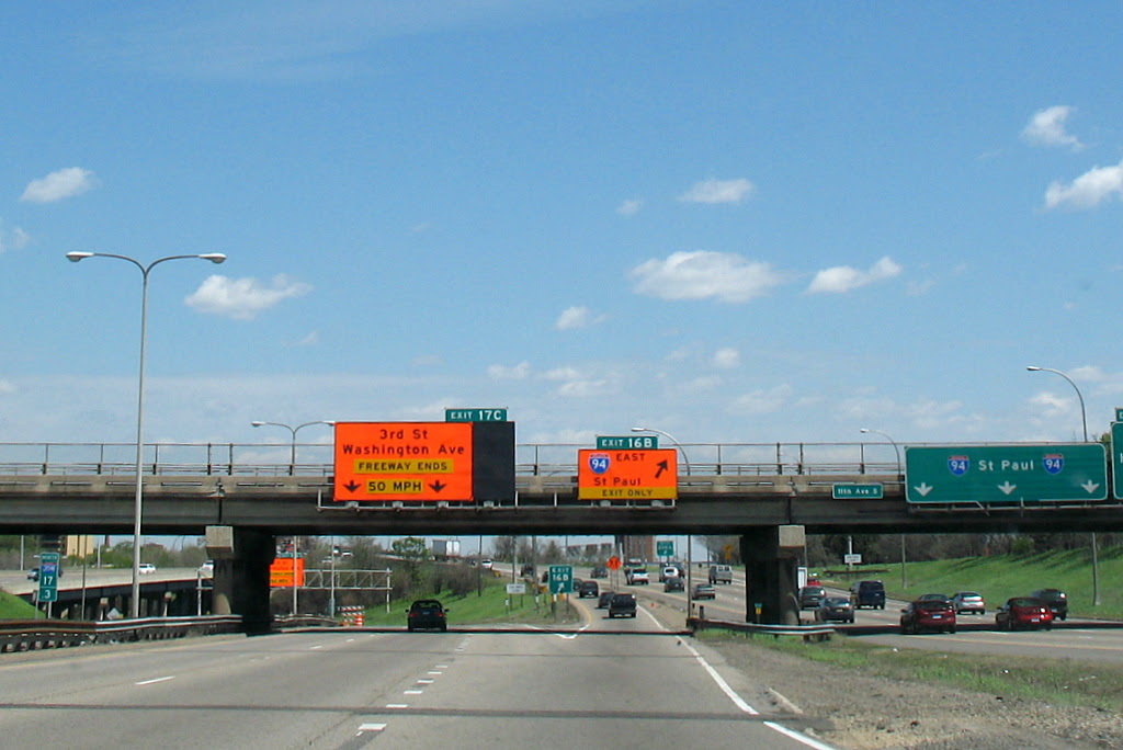 Signs for where the freeway ends on 35W after the bridge collapse in 2007.