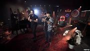 Matheus e Kauan liberam 10 clipes de uma só vez gravados em live da dupla