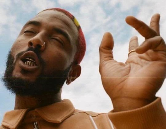 Prettyboy D-O Drops Visualizer For 'Living In Bondage'   WATCH
