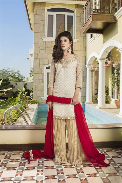 OFF WHITE, FONE AND RED COLOR BRIDAL DRESS   G12971