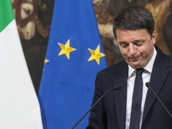 Matteo Renzi annuncia le dimissioni (LaPresse)