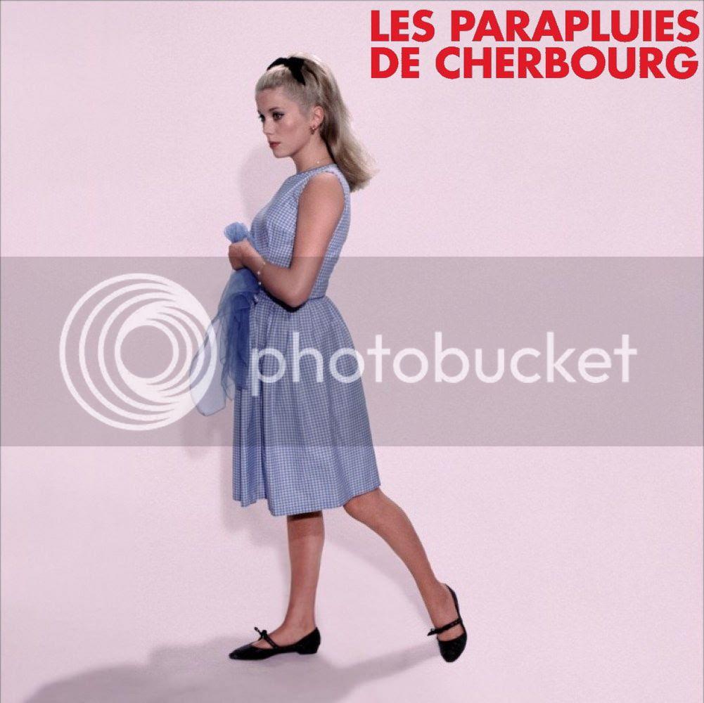 photo aff_parapluies_cherbourg02.jpeg