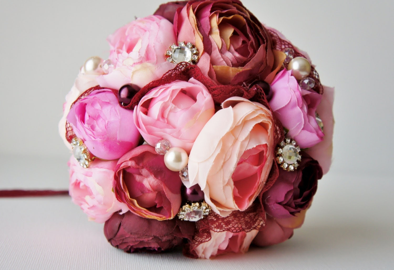 Bridal Bouquet, Brooch Bouquet, Pink and Bordeaux Ranunculus, Silk Wedding Flowers, Rhinestone Brooches, Pearls, Lace, Shabby Chic Wedding