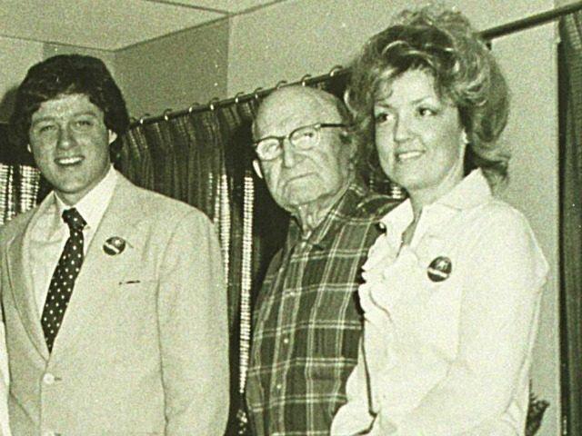 1978 ?, Van Buren, Arkansas, Bill Clinton on a visit to Juanita Broaddrick's (right) nursing home
