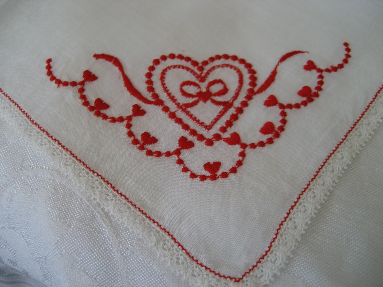 VINTAGE White Red Valentine Heart Embroidered Handkerchief - abandc