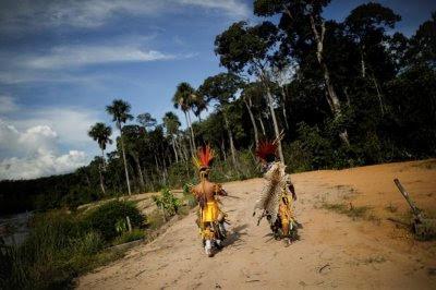Indígenas de la comunidad Paresí.