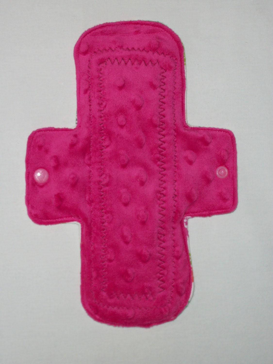 "Cozy Cloth 10"" Moderate Flow Minky Cloth Menstrual Pad - Bumpy Pink"