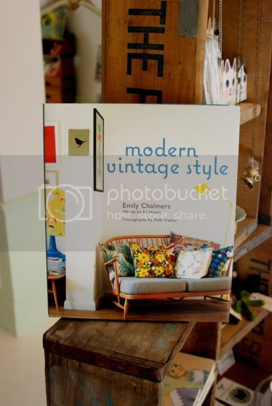 the yellow brick road boutique modern vintage style