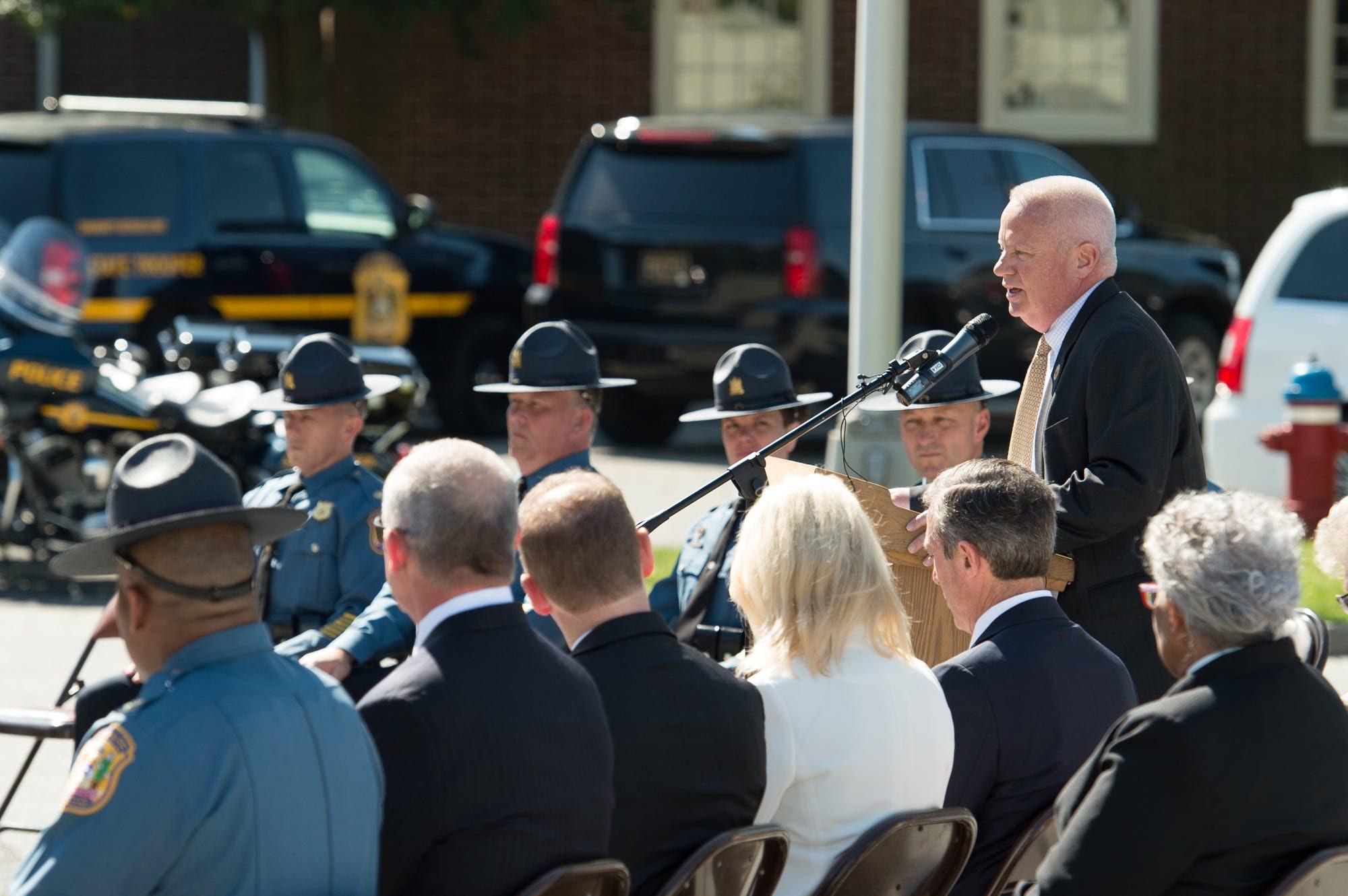 WIL Police Memorials JM19
