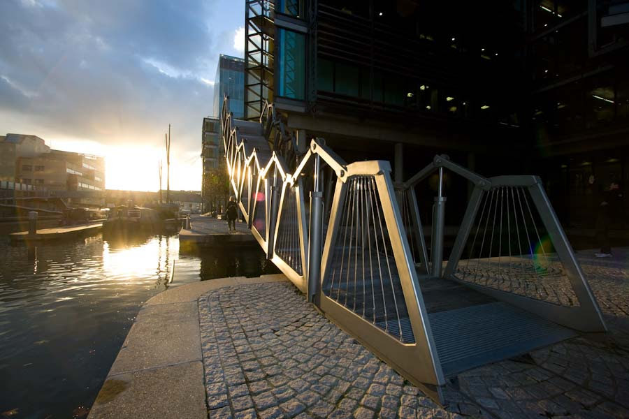 Rolling Bridge (UK)