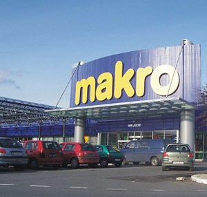 Česky: Hypermarket Makro v Krakově Polski: MAK...