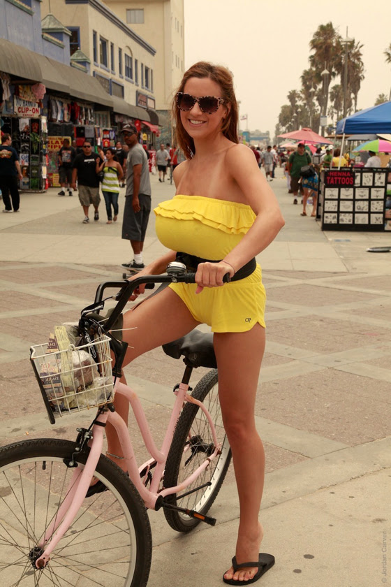 jordan_carver_bikegirls_boobs_big_tits_bicycle_sexy_ride 3.jpg