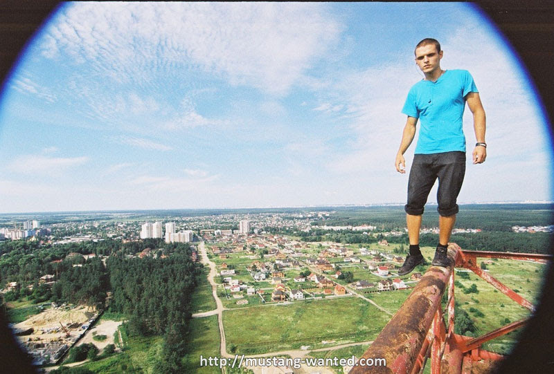 extreme rooftopping skywalking photos mustang-wanted russia (19)