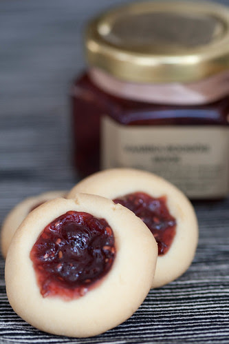 Thumbprint cookies / Syltkyssar / Moosimusid