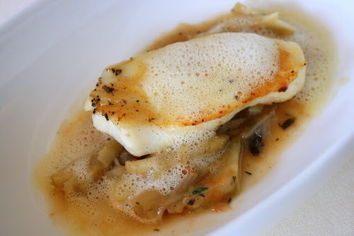 Cod fish fillet with artichokes and capers