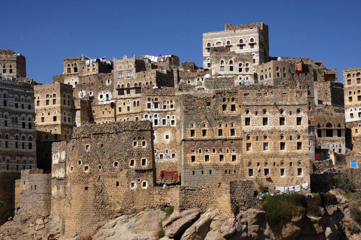 Al Hajjarah, a cidade da Idade Média com edifícios de vários andares 07