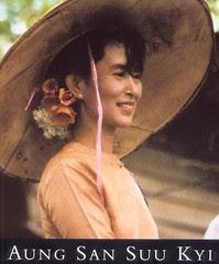 นางออง ซาน ซูจี: ผู้นำพรรคฝ่ายค้านแห่งพม่า