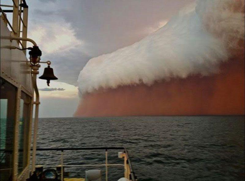 Australian                                                            dust storm