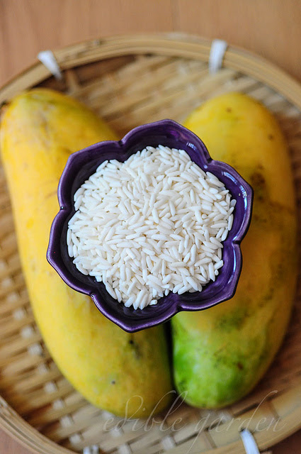 Thai Mango Sticky Rice Recipe ~ Thai Dessert with Mangoes ...