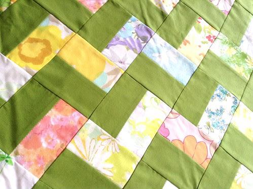 vintage sheet zigzag