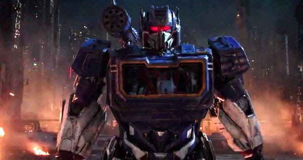 The Decepticon known as Soundwave also appears on Cybertron in this screenshot from BUMBLEBEE.